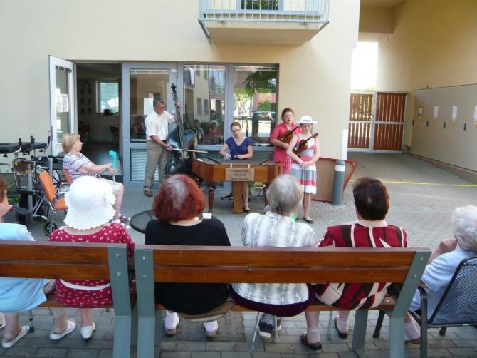 Rodinná cimbálová muzika Pavla Kordíka_13062017